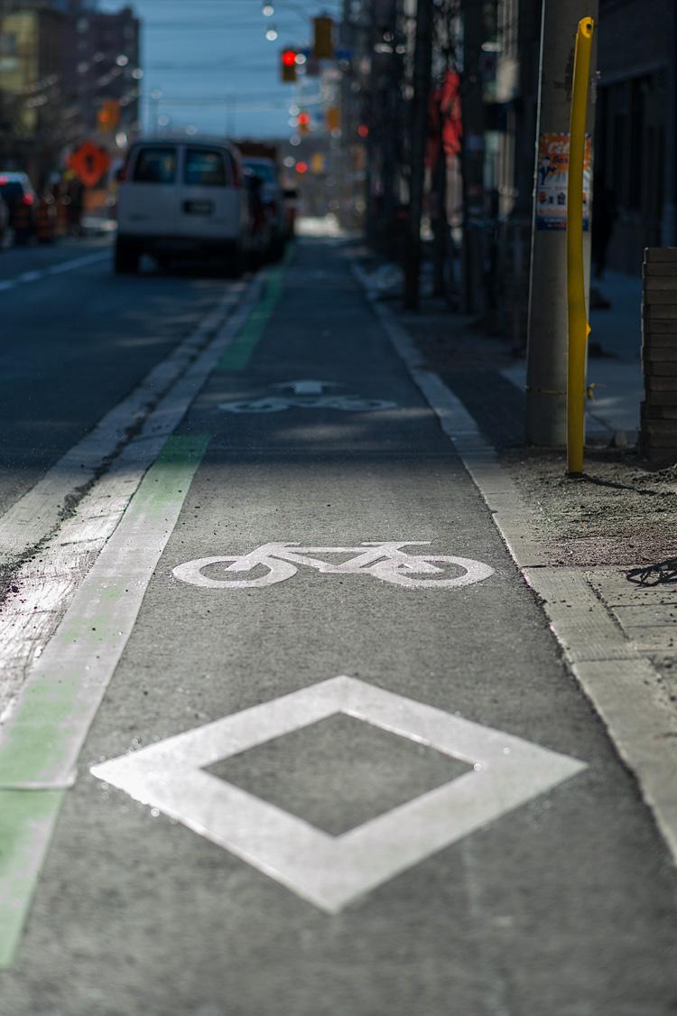 bike-lane_sherbourne_detail_02